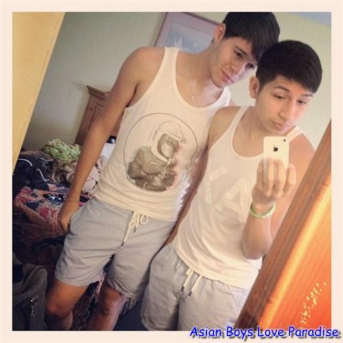 boys_hot_gay_couples_3